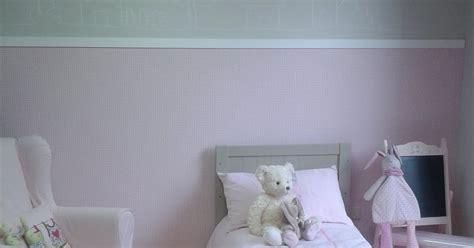 peinture de chambre de fille deco peinture chambre mansardee