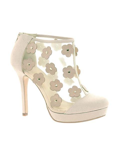 flower shoes melbourne 48 best melbourne cup ideas images on