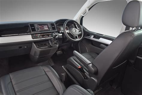 volkswagen caravelle interior 2016 volkswagen caravelle highline 2 0 bitdi 4motion dsg 2016