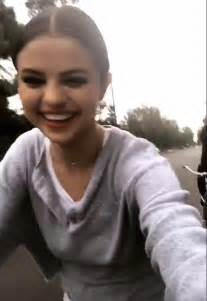 Home S Decor by Selena Gomez Is All Smiles Hanging With Her Fans After