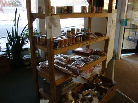 Dubuque Food Pantry by St Marks Runde Auto Chat