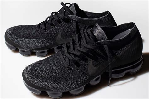 Nike Vapormax Original a detailed look at the limited black nike air vapormax unknownmale