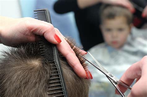 boys getting haircuts kids salons barbers in bangkok bkk kids
