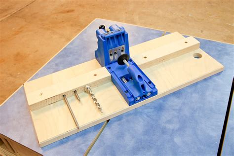 kreg woodworking projects base for a kreg pocket jig by davewatha