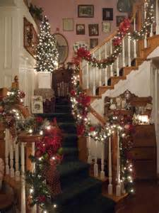 heirlooms christmas banister