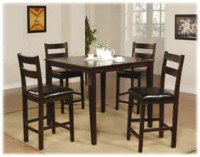 Casual Kitchen Table And Chairs Traditional Casual Style Dining Room With Brown Finish Pub Height Kitchen Tables Slatted