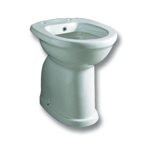 bidet y wc wc bidet terra serie alto 3 176 et 224 per bagni disabili