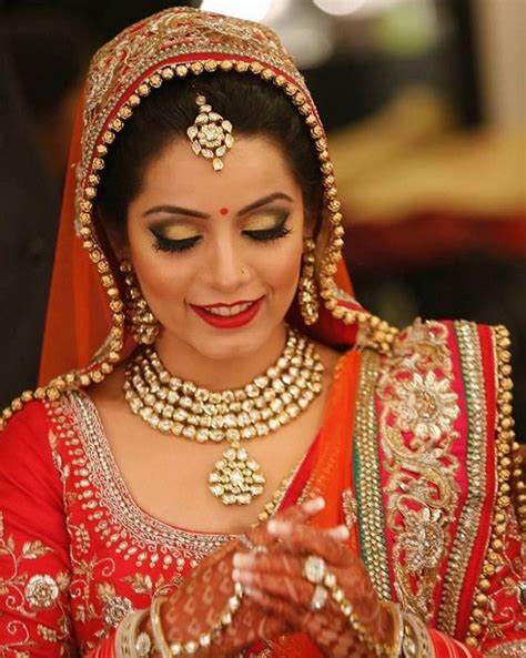 10 Most Gorgeous Brides by Top 10 Most Beautiful Indian Bridal Sarees Looks Yabibo