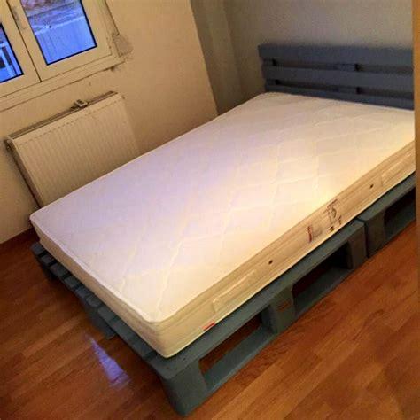 Pallet Platform Bed 10 Ideas About Pallet Bed Frames 99 Pallets