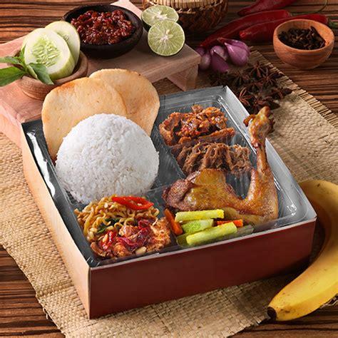 Nasi Kotak Paket Keren Ayam Goreng Serundeng sate jakarta nasi kotak terbaik di jkt nasi box premium untuk acara anda
