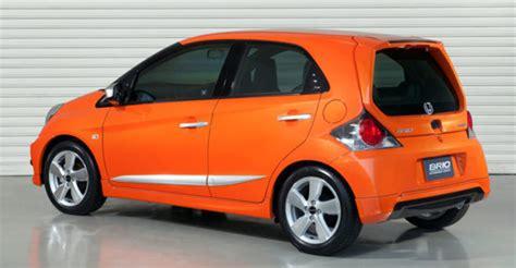 Spoiler Bumper Belakang Bawah Ford Sporty Cover Bemper Lower inspirasi modifikasi honda brio kit ala day concept