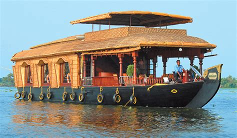 boat house cochin weekend getaway kumarakom