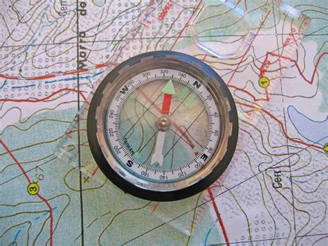 map compass compass on map