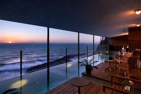 spa con piscina in weekend romantico in uno degli 11 hotel con piscina in