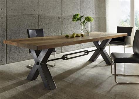 Gestell In Einem Laden by Esstisch Aus Massiv Eiche Tisch Im Industriedesign Mit