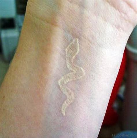 snake wrist tattoo 33 magnifying snake tattoos on wrist