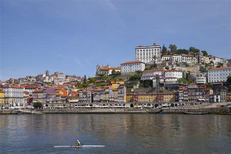 porto oporto file cais da ribeira oporto portugal 2012 05 09 dd 23
