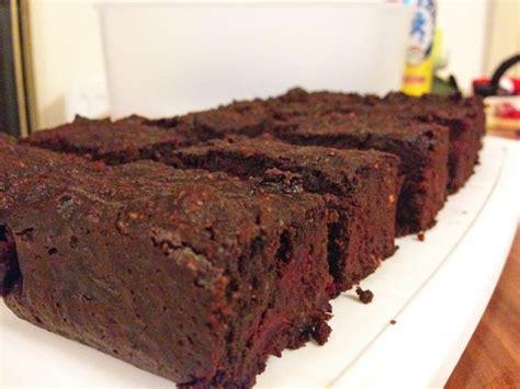 paleo kuchen rezept rote r 252 ben schoko brownies paleo rezept gutekueche at