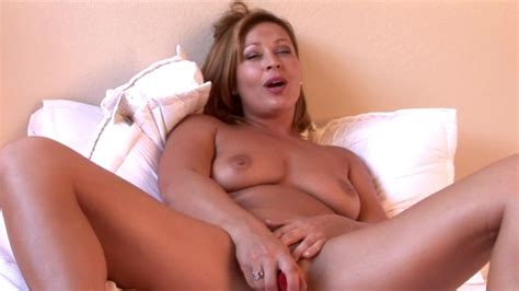 Hot Milf Masturbating On Cam Xbabe Video
