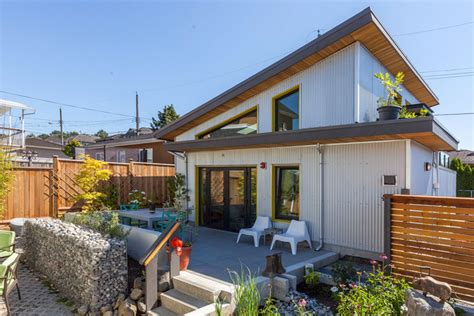 Small Home Builders Ottawa New Bylaws Allow Coach Houses In Ottawa News Ecohome