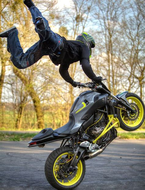best bike stunts yamaha mt 07 stunt ride wheelie stunt bike world