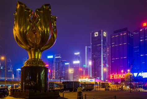 symphony of lights 2017 hong kong s symphony of lights travel caffeine