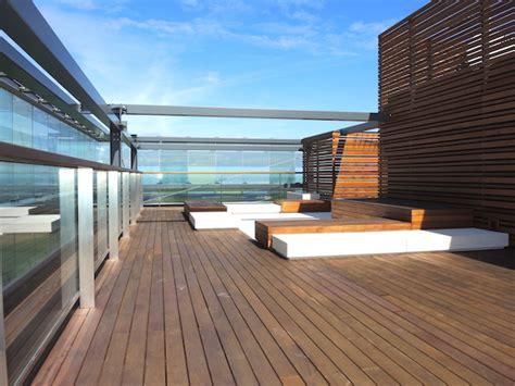 terrazzi di lusso attico di lusso fronte mare a lido di jesolo con terrazza