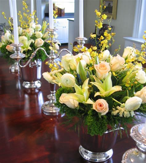 dining room table arrangements dining table flower centerpieces dining table