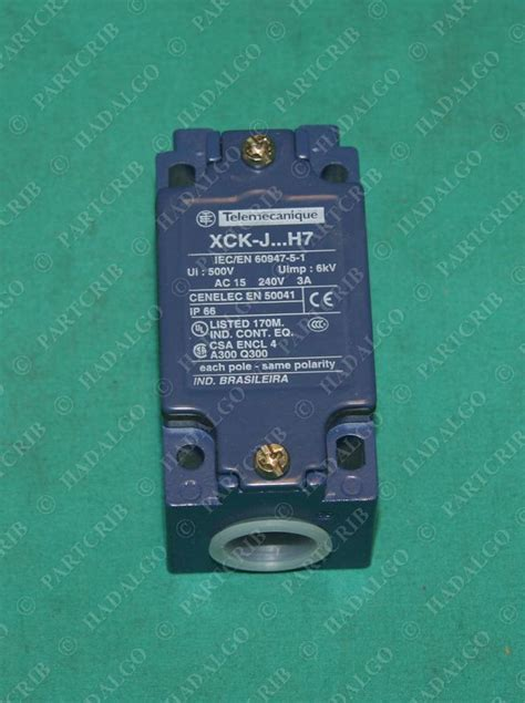 telemecanique xckj2 limit switch schneider square d