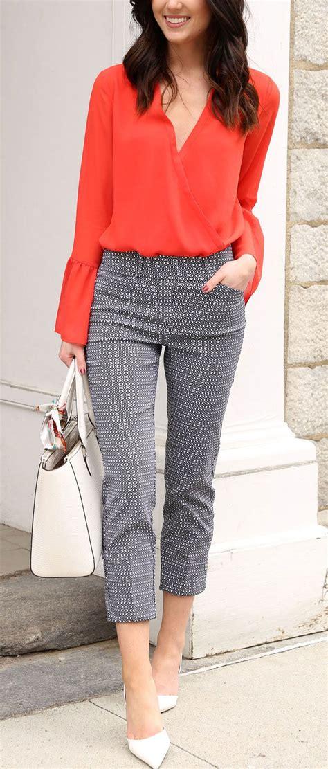 patterned kitten heels modern business attire with reitmans patterned pants