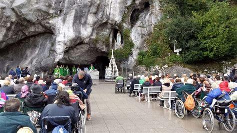 lourdes web grotta da roma in 1000 in pellegrinaggio verso lourdes