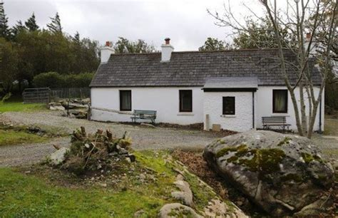 Ulster Cottages Rent by Win Court Battle To Buy Their Donegal Cottage After