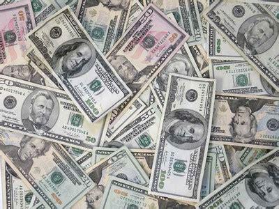 player wins  million guaranteed  poker