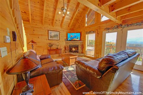 4 bedroom cabins in pigeon forge pigeon forge cabin enchanted vista 4 bedroom sleeps 12