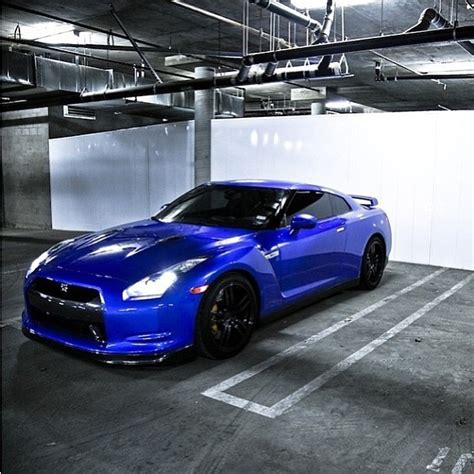 nissan sports car blue nissan gtr only 100k sport car ever that i would buy