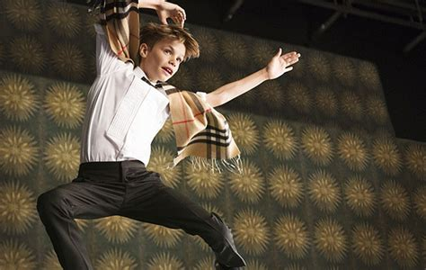 romeo beckham where does he live pics romeo beckham s burberry caign see the latest