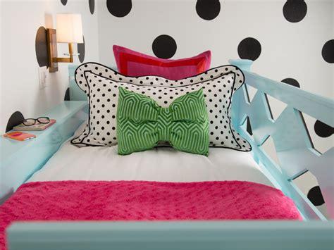 Rooms Viewer Hgtv Kate Spade Bedroom