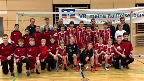 vr bank mühldorf fu 223 fc bayern u12 verteidigt titel beim 6 vr bank cup