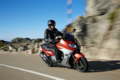bmw gt bike new bmw c 650 sport and c 650 gt maxi scooters bike review
