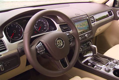 volkswagen touareg 2016 interior 2016 volkswagen touareg interior new vw touareg driving