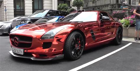 red chrome red chrome mercedes sls spotted in london autoevolution