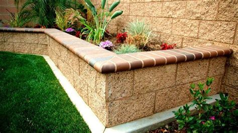 Block Wall Planters by 25 Best Ideas About Brick Planter On Brick