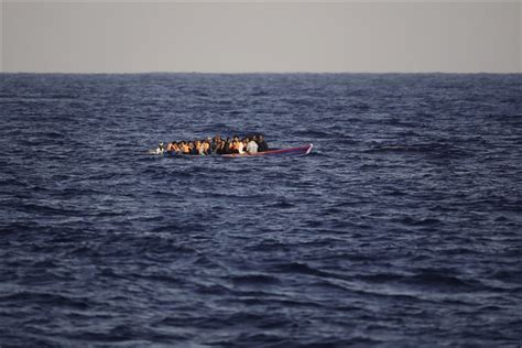 rescue boats mediterranean hundreds of migrants rescued from dinghies in mediterranean