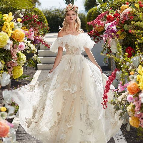 Chagne Wedding Dress by What Bridesmaid Dress Chagne Color Wedding Wedding Dresses