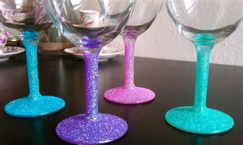 Decorating Glass With Glitter by Cupcakes Couture Diy Glitter Wine Glasses