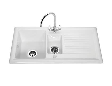 howdens kitchen sinks lamona ceramic 1 5 bowl sink ceramic kitchen sinks