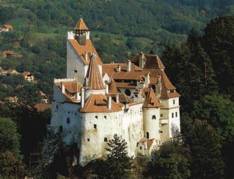 castle dracula transylvania transilvania castelul huniazil castelul bran legenda contelui dracula