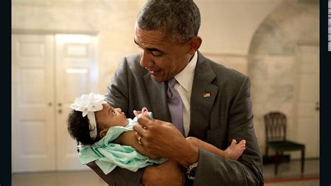 where are obama s daughters baby pics and birth records presidential playmate obama and kids