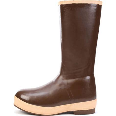xtratuf boots xtratuf waterproof insulated neoprene rubber boot nor22274