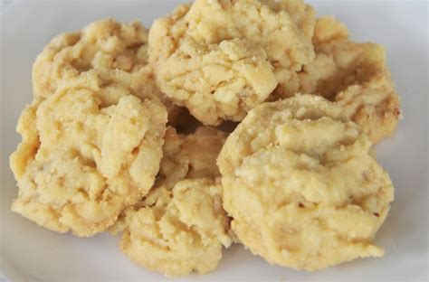 membuat kue chookies melinjo enak  gurih